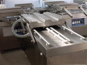 多排式加热条真空包装机JY-600-4S